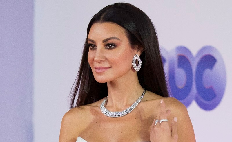 Amina khalil wearing iram earrings at gouna film festival
