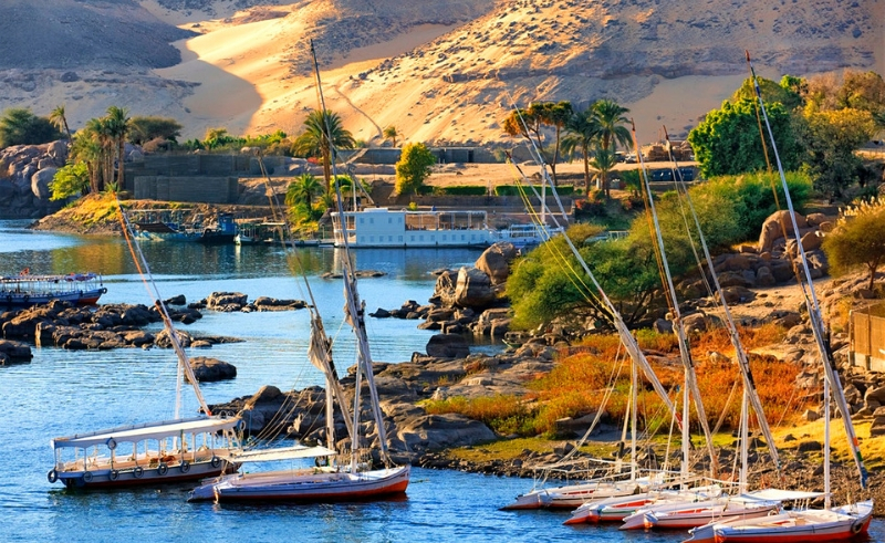 nile river boats aswan