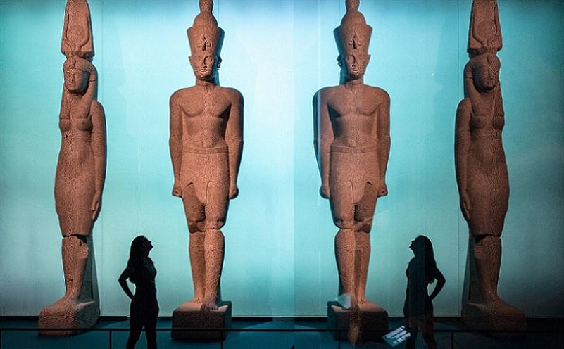 ancient egypt underwater statue