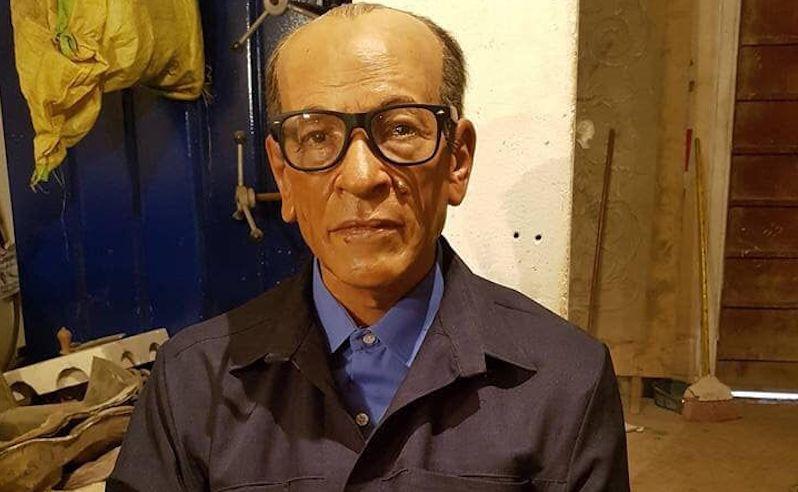 Naguib Mahfouz Statue