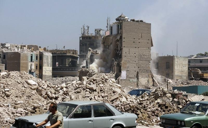 Debris in Giza