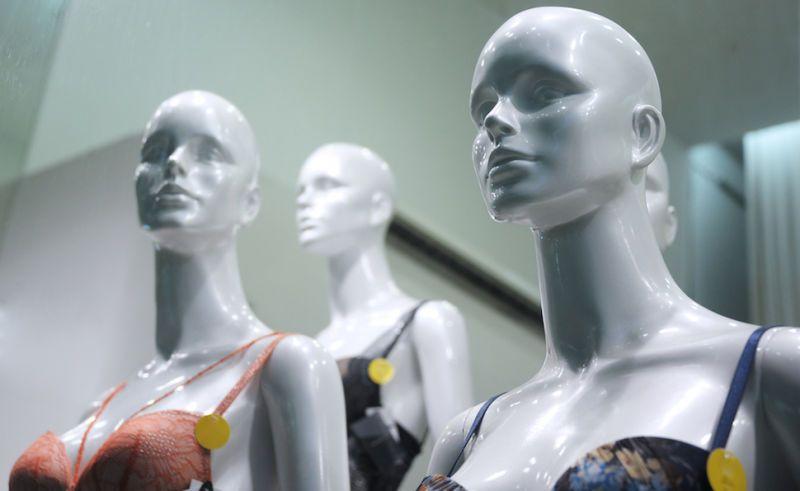 mannequin egypt clothes