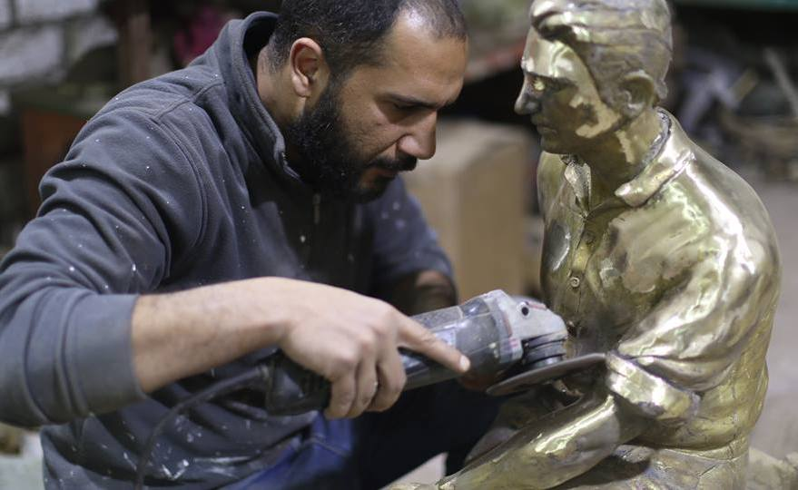 Egyptian Sculptor Kamal El-Feki Featured in NYC's Agora Gallery 'Summer Idyll' Exhibit