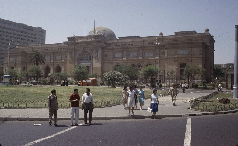 11 Uber Cool Photos of Downtown Cairo in the 60s