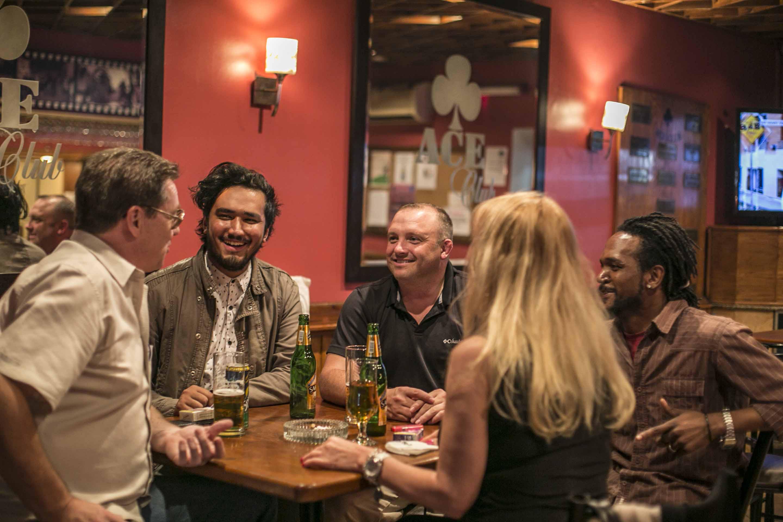 Kairo dating expat Gratis Dating Lansing mi
