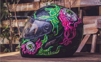 This Egyptian Artist Will Add Some Serious Swag to Your Cars, Bikes, and Helmets