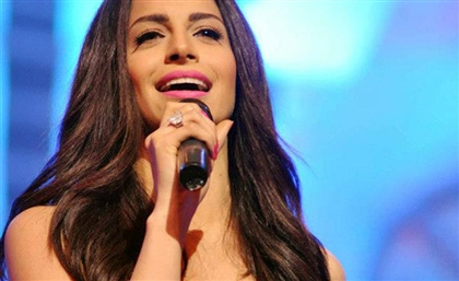 Amal Maher is Performing a Live Acoustic Concert from the Pyramids