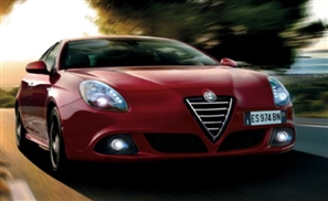 Alfa Romeo 2015 Guilietta Outperforms Shakespeare