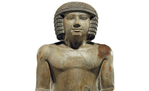 UK Statue Sellers Stripped of Accreditation
