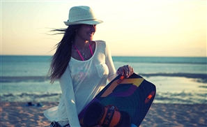 Amina Khalil: From Screen Starlet to Soaring Kite Surfer