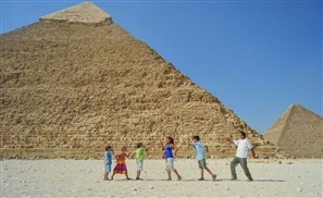 The Travelling Family Present their Book in Cairo