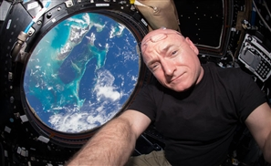 13 Best Scott Kelly Space Photos In Celebration Of His Return To Earth