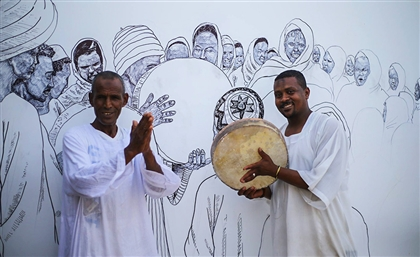 Egyptian Artist Depicts Nubian Suffering on Ashry Narty Hotel's Walls in Aswan