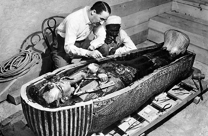 A disparut penisul lui Tutankamon - bloglist.ro