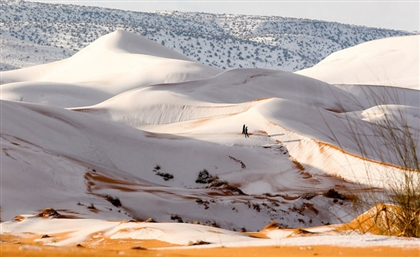 11 Beautiful Photos of the Sahara Desert Covered in Snow