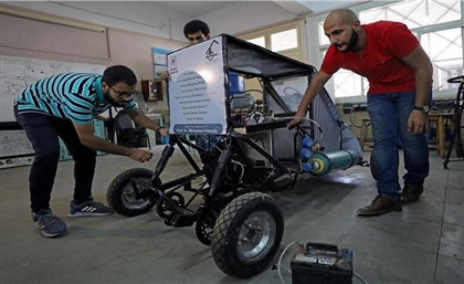 Egyptian University Students Create a Car That Runs on Air