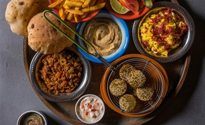 El Torr Fuses Egyptian Street Food With International Cuisine