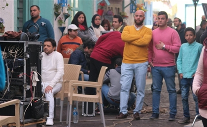 Egyptian Actors' Syndicate Calls on Producers to Halt Filming Large Group Scenes