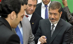 Gov Backs Morsi Group Talks
