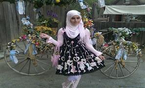 Meet The Muslim Lolitas!
