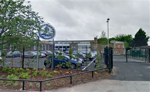 UK Muslim School in Phone Fury