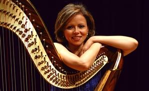 Manal Mohei Eldin: Weaving Melodies