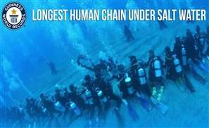 Record For Longest Human Chain Under Salt Water To Be Set In Sharm