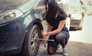 Girls Can Project Believes Girls Can Fix Cars