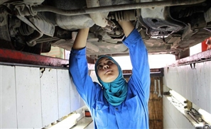 Meet the Female Mechanic Defying Gender Roles in Egypt