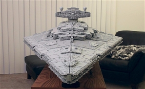 Master Builder Creates Massive Custom Lego Star Destroyer