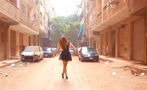 Video: A Ballerina Dances on a Cairo Street and Everyone is Captivated