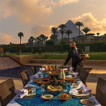 Iftar By The Pyramids