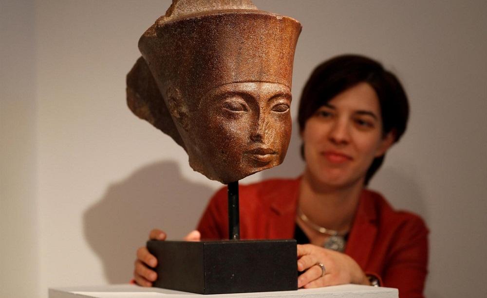 Egypt Asks Interpol to Investigate Tutankhamun Bust Sold in London