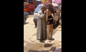 VIDEO: Man Molests Mannequin