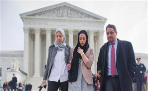 Muslim US Teen Wins Court Case Against Abercrombie & Fitch
