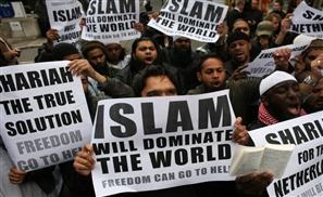 UK Muslims in Religious War