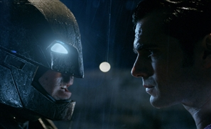 The New Batman v Superman Trailer Makes Us Question What The 'v' Means