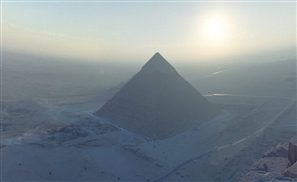 Incredible 360 Shot From The Top Of Khufu's Pyramid Goes Viral