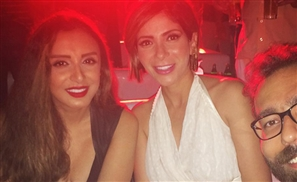 Everybody's Going Crazy Over Mona Zaki & Angham Cropping Hesham Mansour Out of Their Group Selfie